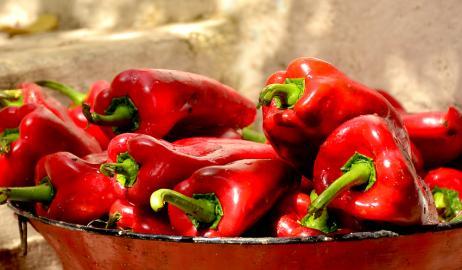 Κόκκινο πιπέρι , καπνιστή πάπρικα και μπούκοβο Αριδαίας