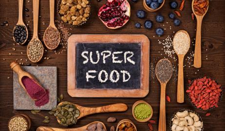 Superfoods, διατροφικοί θησαυροί, ή μήπως όχι;