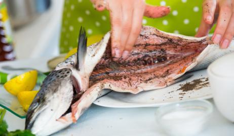 Οι άσχημες μυρωδιές της κουζίνας και πως θα απαλλαγείτε