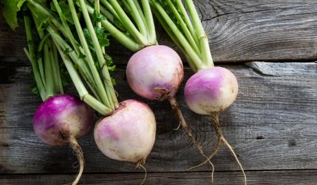 Ρέβες ή γογγύλια, οι χειμωνιάτικες ρίζες που πρέπει να βάλετε στην κουζίνα σας