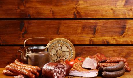 Το μπέικον, τα λουκάνικα και το σαλάμι μπορεί να αυξήσουν τον κίνδυνο για καρκίνο του μαστού