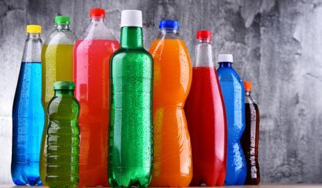 Τα σακχαρούχα αναψυκτικά και τα ποτά τύπου cola μειώνουν τη γονιμότητα και των δύο φύλων