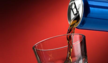 Οι θερμίδες από τα σακχαρούχα ποτά είναι χειρότερες από άλλες
