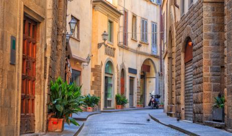 Η Φλωρεντία απαγορεύει το φαγητό στο χέρι στους δρόμους του ιστορικού κέντρου