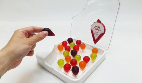 Τα καινοτόμα γλυκά ζελεδάκια που δημιουργήθηκαν για να ενυδατώνουν τους ασθενείς με άνοια