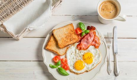Άσχημα νέα για τους λάτρεις των αυγών
