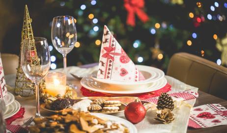Πώς θα αποφύγετε τα παραπανίσια κιλά των εορτών