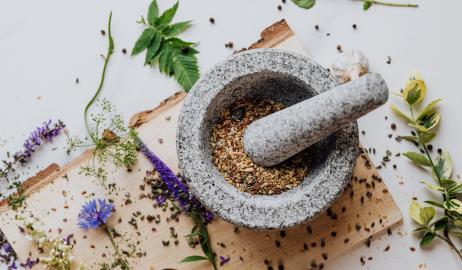 Βότανα και μυρωδικά της Ελληνικής κουζίνας και οι ωφέλειές τους στην υγεία