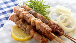 Γνωρίζετε από τι κρέας φτιάχνεται το σουβλάκι;