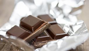 Μαύρη σοκολάτα και παρθένο ελαιόλαδο: ο τέλειος συνδυασμός για γερή καρδιά