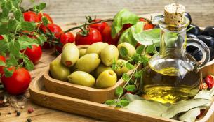 Η κρητική κουζίνα - η καρδιά της Μεσογειακής Διατροφής