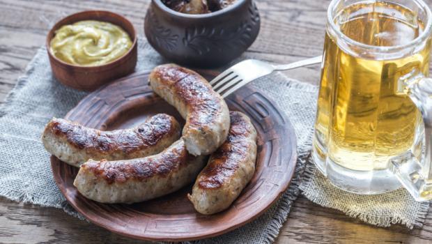 Αυξημένο κίνδυνο καρκίνου του στομάχου προκαλούν τα κατεργασμένα κρέατα και το αλκοόλ