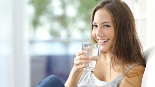 Τα οφέλη της κατανάλωσης νερού στην απώλεια βάρους
