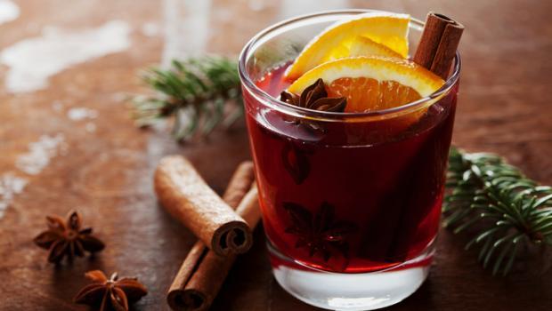 Ζεστό κρασί από τις «ψυχρές» χώρες για τις γιορτινές ημέρες!