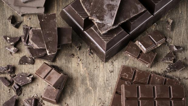 Φάτε μαύρη σοκολάτα για να δείτε άσπρη μέρα!