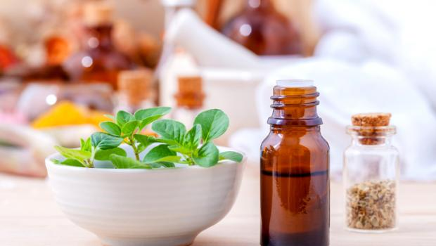 Αιθέριο έλαιο Ρίγανης: Θεραπεύει, ανακουφίζει, απολυμαίνει