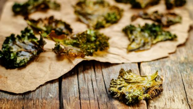 Φτιάξτε νόστιμα και υγιεινά chips από Kale