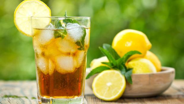 Αντιμετωπίστε τη ναυτία με τσάι από βότανα