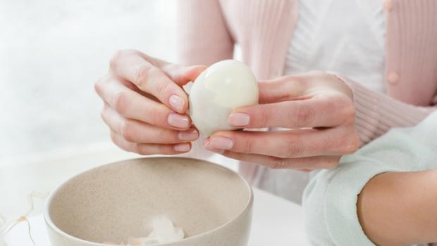 Τι είναι η λευκή μεμβράνη γύρω από το ασπράδι του αυγού;
