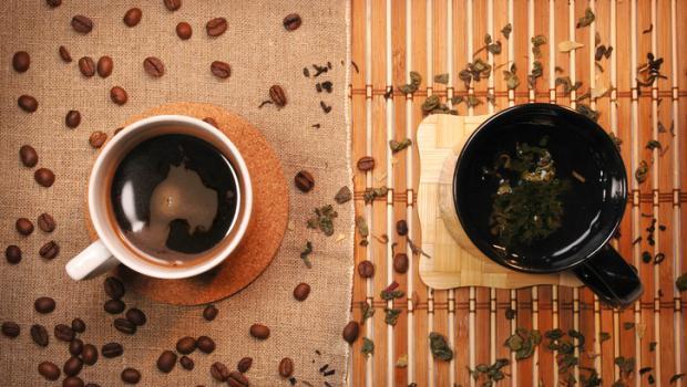 Πράσινο τσάι VS καφέ: το μεγάλο debate