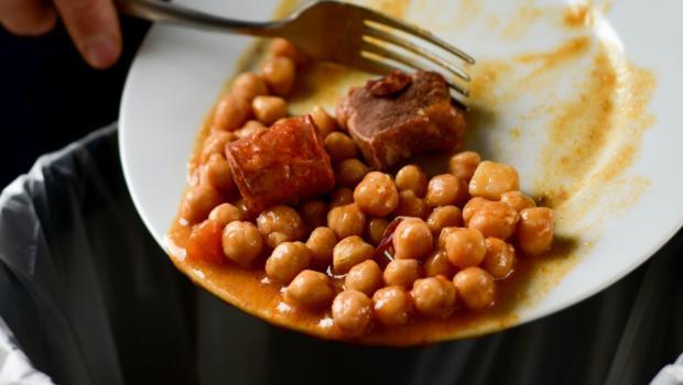 Πώς το φαγητό στο σπίτι μειώνει τη σπατάλη τροφίμων