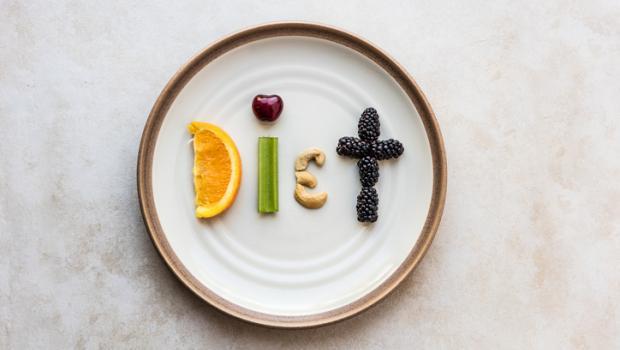 Οι χειρότερες δίαιτες για το 2018 σύμφωνα με τους ειδικούς