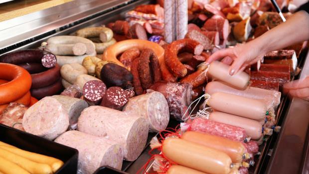 Μήπως το επεξεργασμένο κρέας είναι κακό για την ψυχική μας υγεία;