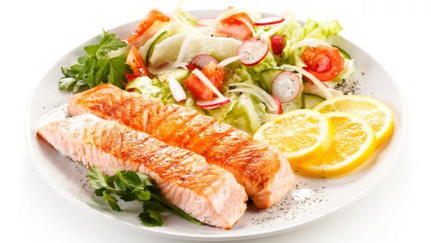 Μια δίαιτα πλούσια σε ψάρια και λαχανικά ενεργοποιεί μια χημική ένωση που προστατεύει την καρδιά