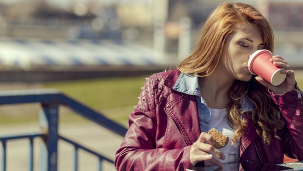 Τι συμβαίνει στο σώμα μας όταν παραλείπουμε γεύματα;