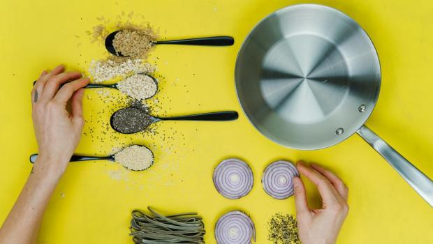 15 φυσικά αντιβιοτικά και αντισηπτικά τρόφιμα που κρύβει η κουζίνα μας