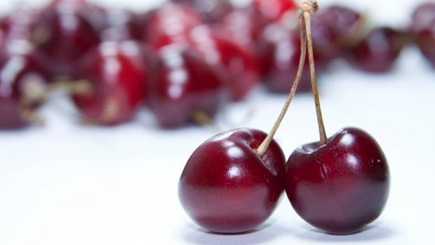 Κεράσια - Βύσσινα: H προέλευση, η διατροφική τους αξία και τα οφέλη για την υγεία